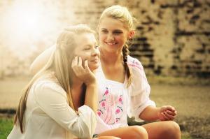 friends-together-640
